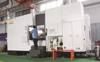 日本马扎克公司制造的高精度卧式加工中心