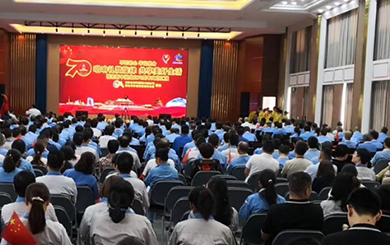 我司联合谢桥社区举办迎国庆70周年文艺汇演